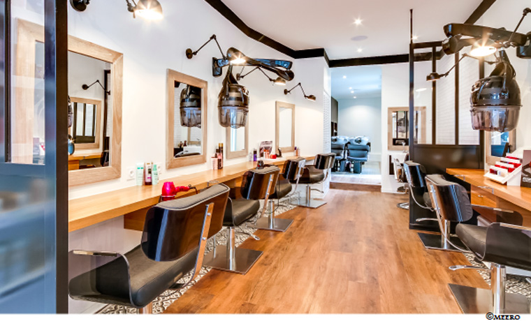 la m tamorphose d 39 un salon de coiffure gr ce une d coratrice d 39 int rieur respire habitat la. Black Bedroom Furniture Sets. Home Design Ideas