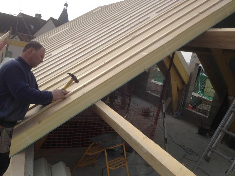 Isolation d'une toiture par l'extérieur par l'artisan Franck SEGRETAIN
