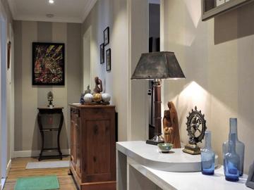 Rénovation d'un couloir d'appartement à Paris par les artisans RESPIRE