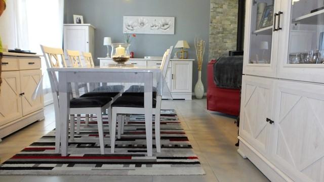 Grès cérame émaillé clair posé dans le salon par l'entreprise Carrelages Mullet